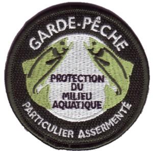 82317532ecusson-garde-peche-01-jpg